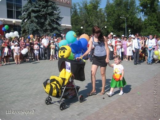 В седьмой раз поводят в нашем городе парад колясок. В первую очередь хочу показать ту коляску, которая мне понравилась больше всего. фото 49