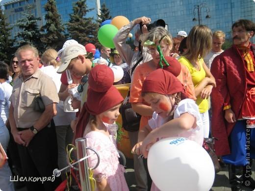 В седьмой раз поводят в нашем городе парад колясок. В первую очередь хочу показать ту коляску, которая мне понравилась больше всего. фото 61