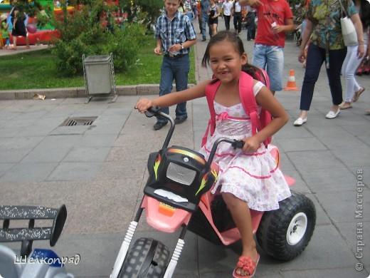 В седьмой раз поводят в нашем городе парад колясок. В первую очередь хочу показать ту коляску, которая мне понравилась больше всего. фото 79