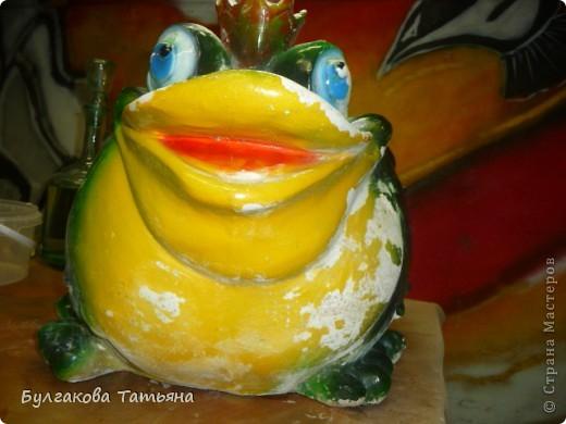 Вот такая получилась жабулька- с маникюром, с бусами... фото 5