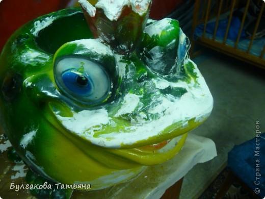 Вот такая получилась жабулька- с маникюром, с бусами... фото 7