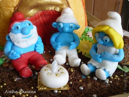 Торт Дом смурфиков . фото 2