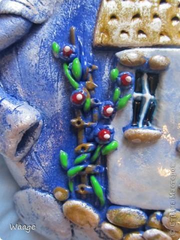 Очень мне нравятся работы Светланы Иванцовой http://stranamasterov.ru/user/65357. Вот вдохновилась ее слонами и решила сповторюшничать. Лепила слона из темно-синего теста, подкрашенного гуашью, для создание формы в качестве основы положила одноразовую тарелку (2 для прочности), после того, как тесто просохло, залила гипсом.   фото 3