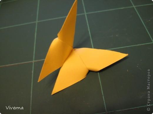 спросили меня в этой работе, как бабочку делала... http://stranamasterov.ru/node/396350  поискала, не нашла в СМ, чтобы ссылку дать..может искала не так....сама я ее научилась делать еще на заре увлечения оригами, лет 10 назад, в какой-то детской книжке...а т.к. складывается бабочка до невозможного просто, то сделав ее один раз, Вы уже никогда не забудете, как ее сделать )) фото 8