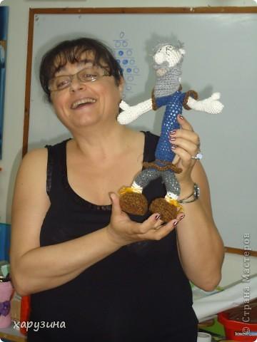 Пятиклассник Маор демонстрирует изготовленную им птицу-марионетку. фото 10