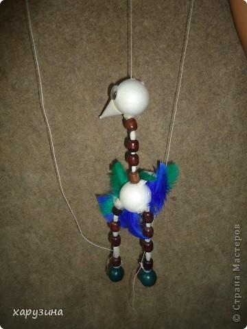 Пятиклассник Маор демонстрирует изготовленную им птицу-марионетку. фото 29