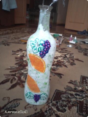 спасибо большое за мк (http://stranamasterov.ru/node/395509?c=favorite) Пользователю http://stranamasterov.ru/user/134198 (Devochki) Перед вами моя самая первая бутылка. Для её изготовления мне понадобилось -2 вида акриловых красок -салфетки бумажные -бутылка -витражные краски и контуры -клей  ПВА фото 7