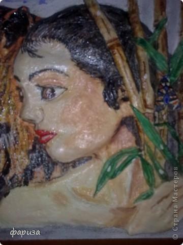 Девушка с тигром...Здравствуйте и спасибо что зашли!Эту картину начала было делать еще зимой,оставалось только подкорректировать и покрасить,да все руки не доходили.Вот вспомнила я про нее и решила доделать.Размер картины 35*45. фото 2