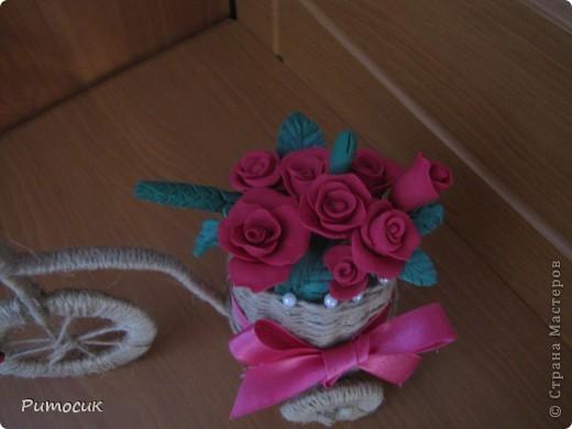 Решила сделать маме на 8 марта велосипедик с розами ( холодный фарфор). фото 4