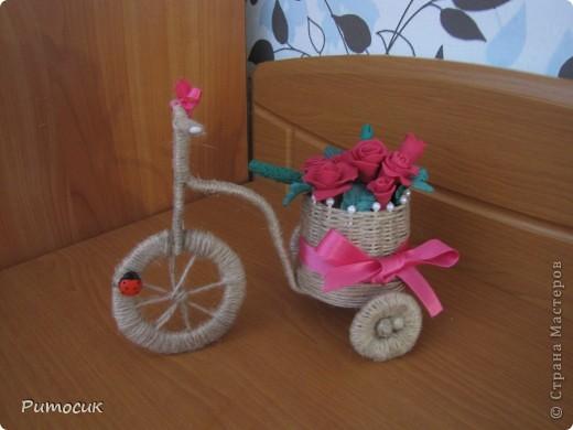 Решила сделать маме на 8 марта велосипедик с розами ( холодный фарфор). фото 3