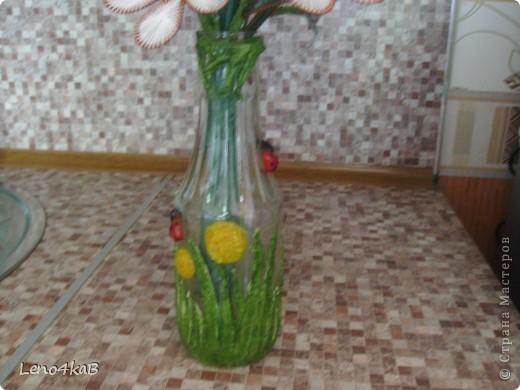 """Всем доброго времени суток и удачных творений! Цветочки сделаны уже давно, стояли по отдельным вазочкам: лилии с лилиями, незабудки с незабудками, """"как будто ромашки"""" с """"как будто ромашками"""", родилась бутылочка - родился сборный букетик. фото 4"""