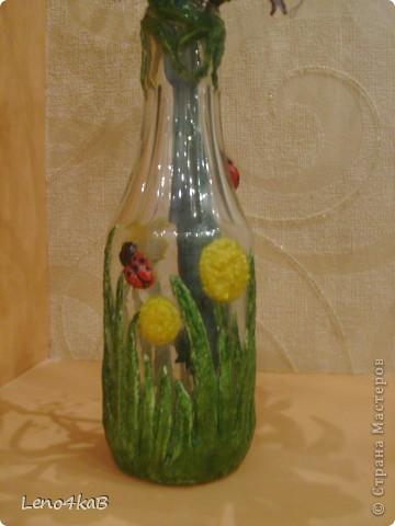 """Всем доброго времени суток и удачных творений! Цветочки сделаны уже давно, стояли по отдельным вазочкам: лилии с лилиями, незабудки с незабудками, """"как будто ромашки"""" с """"как будто ромашками"""", родилась бутылочка - родился сборный букетик. фото 5"""