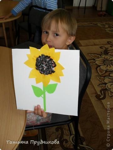 Аппликация из геометрических фигур, занятие с детьми 3-4 лет.  фото 6