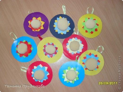 Аппликация из геометрических фигур, занятие с детьми 3-4 лет.  фото 7