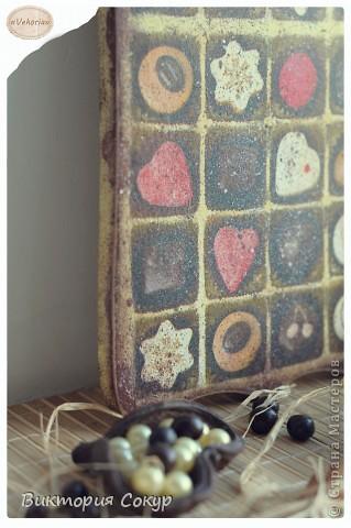 Доска получилась состаренной,как будь то он долго висела в кондитерской,где изготовляют шоколад. фото 3