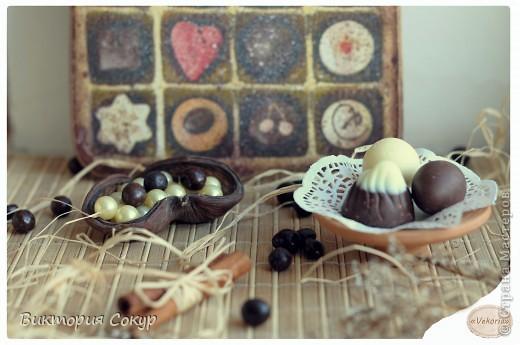 Доска получилась состаренной,как будь то он долго висела в кондитерской,где изготовляют шоколад. фото 6