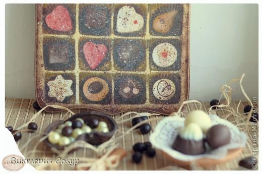 Доска получилась состаренной,как будь то он долго висела в кондитерской,где изготовляют шоколад. фото 4