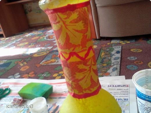 Вот она, моя работа :) Для декорирования этого кувшина мне понадобилось: -кувшин -салфетки -витражные контуры -клей ПВА -акриловая краска -и немного терпения :) фото 5
