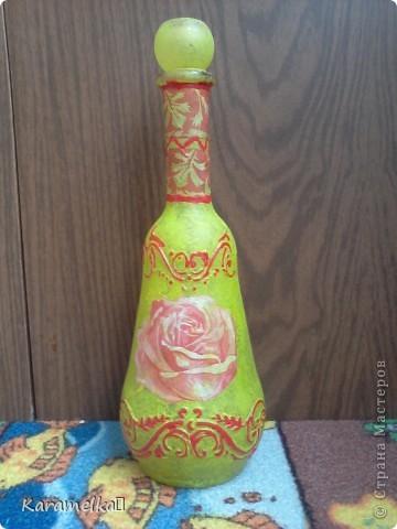 Вот она, моя работа :) Для декорирования этого кувшина мне понадобилось: -кувшин -салфетки -витражные контуры -клей ПВА -акриловая краска -и немного терпения :) фото 15