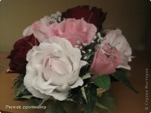 Сладкая корзинка из 9 роз фото 3