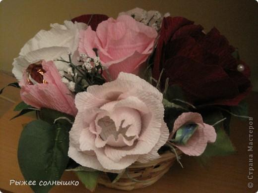 Сладкая корзинка из 9 роз фото 4