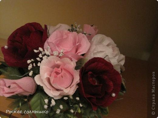 Сладкая корзинка из 9 роз фото 7