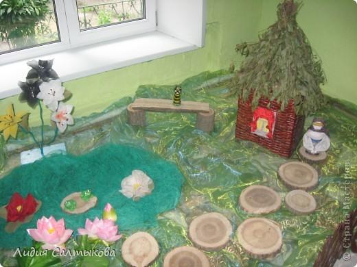 я работаю воспитателем в детском саду. плетение из газет пригодилось и на работе. так я украсила уголок доктора...... фото 4