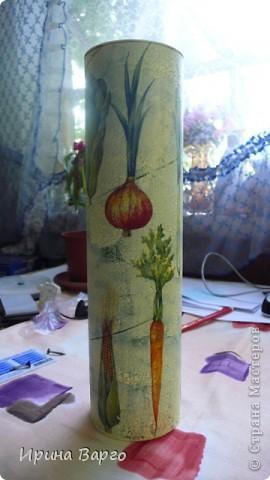 """Банка """"Овощи"""". Картонная коробка из-под бутылки, одношаговый кракелюр, салфетка, клей для декупажа """"Таир"""". фото 3"""