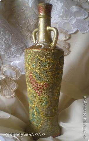 Вот еще одна ваза из бутылки. Основа покрыта манкой. фото 1
