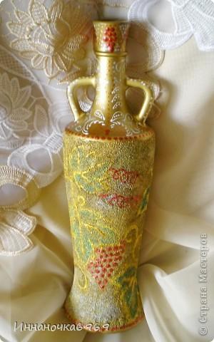 Вот еще одна ваза из бутылки. Основа покрыта манкой. фото 4
