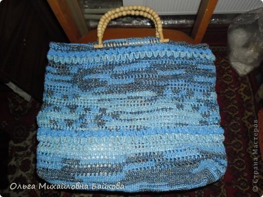 Связала для сестры пляжную сумку 50*50см.Это просто пробное украшение. фото 3