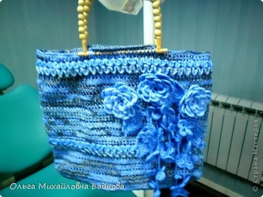 Связала для сестры пляжную сумку 50*50см.Это просто пробное украшение. фото 5