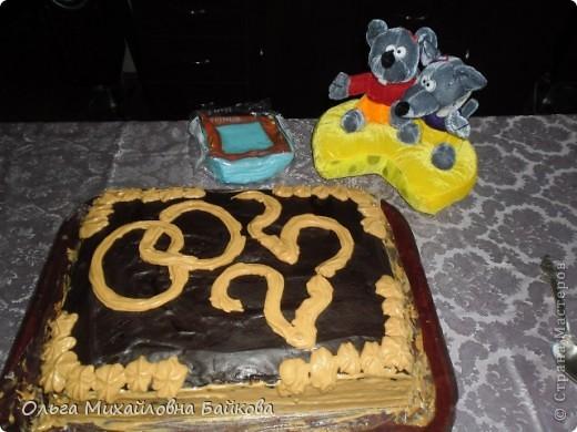 28.07.2112года мы с мужем праздновали серебряную свадьбу.Я выпекла нами любимый торт в 4кг. фото 1