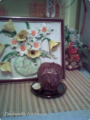 Добрый день, жители Страны. Очень люблю шоколад и шоколадные конфеты и мороженое шоколад в шоколаде. И как же аппетитно выглядели яблоки Елены КЗ, что захотелось сделать хоть одно. Здесь яблоки вдохновители: http://stranamasterov.ru/node/394174?c  фото 1