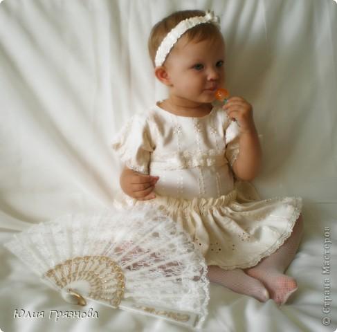 Вот такую юбку-американку попробовала я сшить дочери на 2 годика! Но шила не из фатина, а из капрона, получилось очень пышненько и красиво, один минус, капрон сильно сыпется, я замучилась обрабатывать края (тем более оверлога у меня нет) фото 14