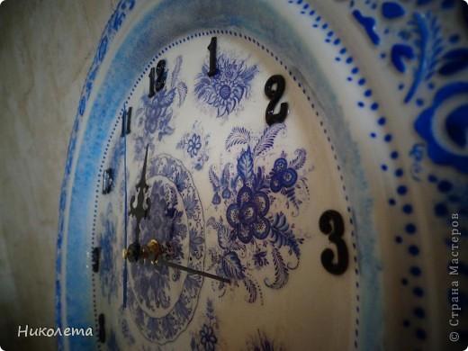 очень мне нравились часы на сковородке, которые делают наши мастера, вот получились такие кофейные часики и к ним деревце фото 3