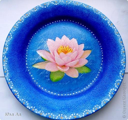 Цветочный горшочек с нанесённым декупажом и залакированный. фото 3