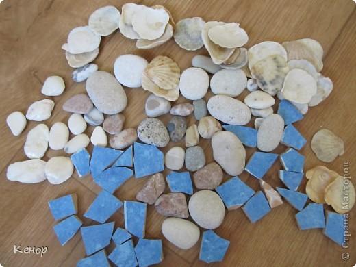Всем здравствуйте! Лежали у меня мёртвым грузом различные камушки и ракушки привезённые с моря.  Решила я пустить их в дело.  Вот что из этого получилось. фото 4