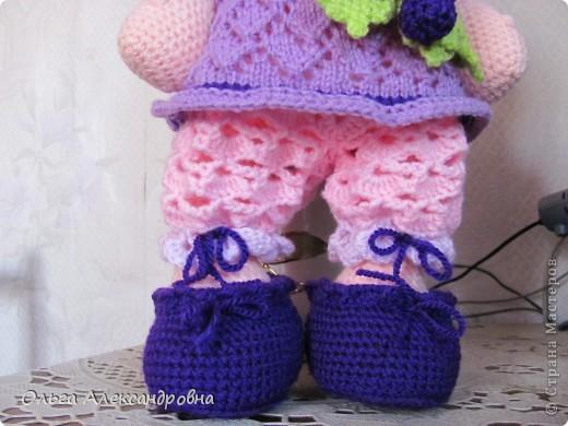 Дорогие гости блога, хочу вам показать куколку, которую только - только связала. Это Виноградинка. Прошу любить и жаловать. фото 4