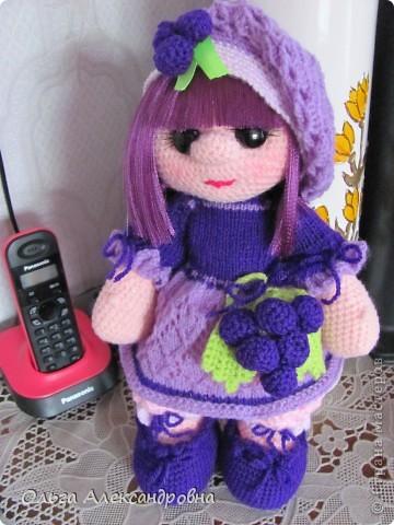 Дорогие гости блога, хочу вам показать куколку, которую только - только связала. Это Виноградинка. Прошу любить и жаловать. фото 2