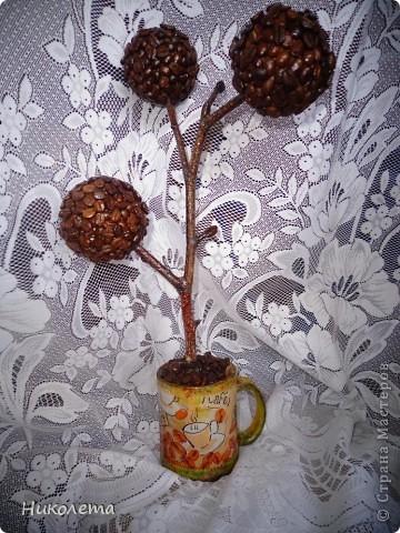 очень мне нравились часы на сковородке, которые делают наши мастера, вот получились такие кофейные часики и к ним деревце фото 18