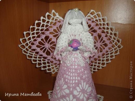 """Вдохновение для создания этого ангела я обрела  здесь http://www.liveinternet.ru/users/3095509/post96620630/   Связала его из """"ириса"""". фото 2"""