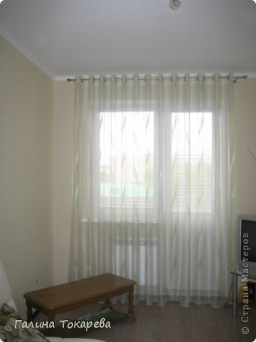 это штора в предбаннике.Очень удобно,её можно поднять и любоваться видом из окна! фото 4