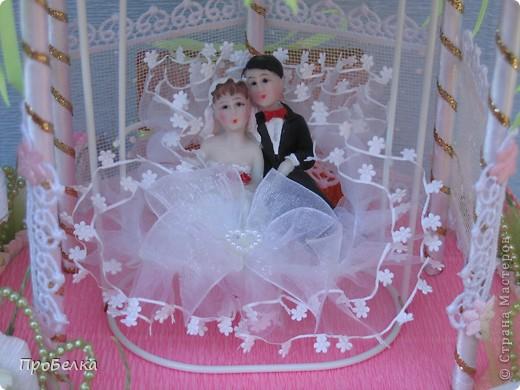 Здравствуйте! Несмотря на жару хочется творить, да ещё с конфетками! Мой вклад в свадебную пору-Беседка или Как красиво подарить денежку на свадьбу. фото 6