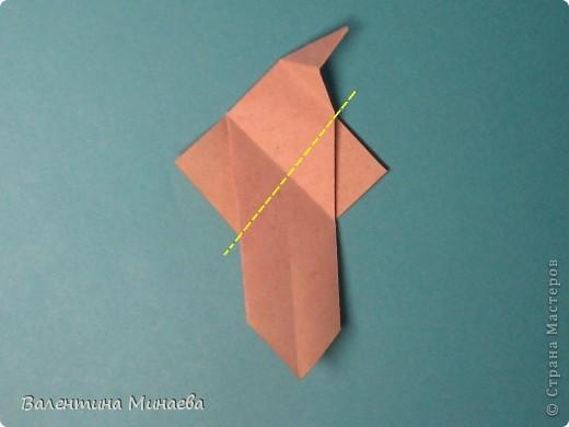 Копилка (Money-box) автор: Валентина Минаева (Valentina Minayeva) размер бумаги 7,0 х 7,0 см модули несимметричные, 60 штук итог - 12,5 см без клея (хотя в тройках модулей можно бы и подклеить для прочности), но у меня пока держится и так Еще есть видеосборка: http://www.youtube.com/watch?v=KnGOdoEh__4&feature=youtu.be  фото 19
