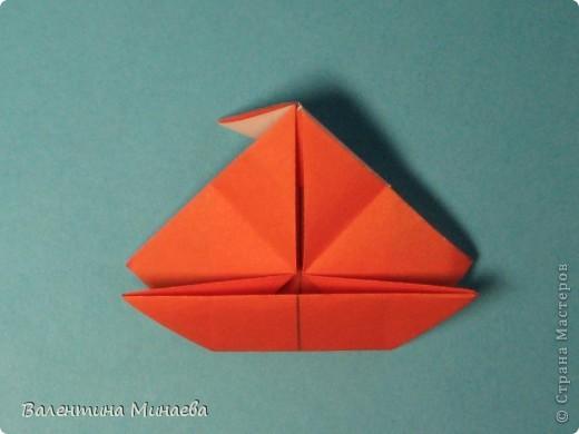 Копилка (Money-box) автор: Валентина Минаева (Valentina Minayeva) размер бумаги 7,0 х 7,0 см модули несимметричные, 60 штук итог - 12,5 см без клея (хотя в тройках модулей можно бы и подклеить для прочности), но у меня пока держится и так Еще есть видеосборка: http://www.youtube.com/watch?v=KnGOdoEh__4&feature=youtu.be  фото 28
