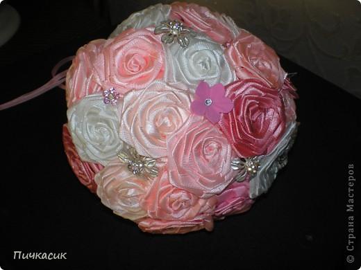 Букет из лент и цветы из полимерной глины фото 5