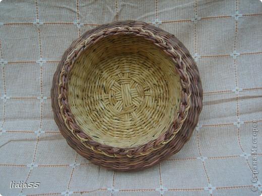 Мастер-класс Поделка изделие Плетение двойное дно Бумага Бумага газетная Трубочки бумажные фото 13