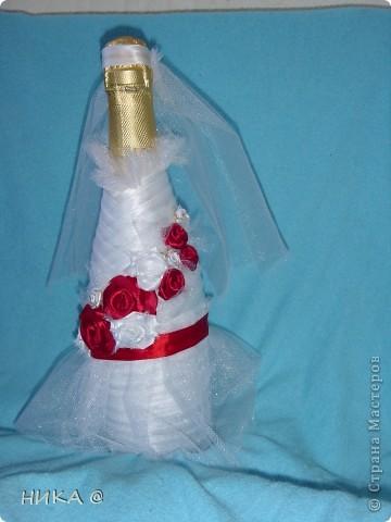 Оригинальная невеста в красном,Классический жених. фото 3