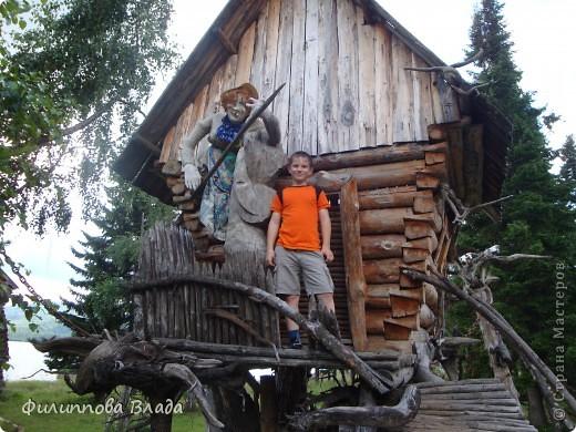 Здравствуйте все, кто решил познакомится с моим блогом. Решила рассказать о нашей первой семейной поезке, на которую настраивались мы чуть ли не 2 года. Ехать далеко было страшно, поэтому решили посмотреть Урал-благо он рядом. Посмотреть чудо-парк на озере Зюраткуль надоумила нас моя мама. Бонусом мы решили посетить аквапарк в г. Магнитогорске. фото 20